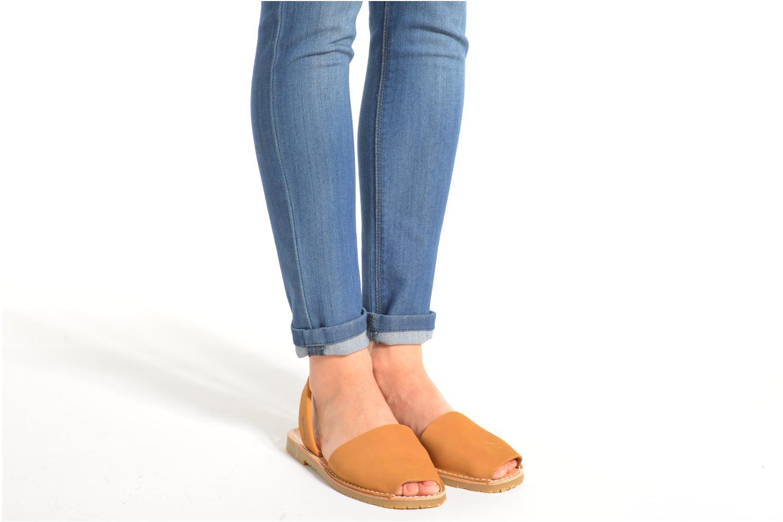 Sandales et nu-pieds Coolway Seilor Marron vue bas / vue portée sac