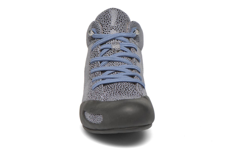 Baskets Camper Peu Senda 46173-036 Gris vue portées chaussures