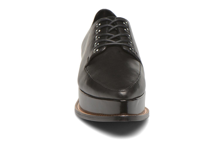 ELEANORA II Black 98