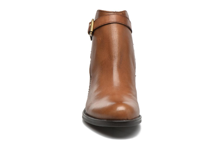 Bottines et boots Jonak 2806 Marron vue portées chaussures