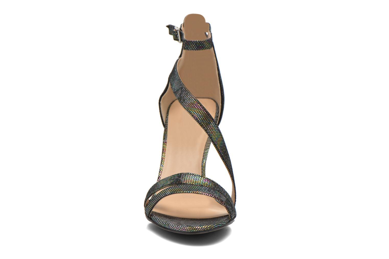 Sandales et nu-pieds Divine Factory Flufia Noir vue portées chaussures