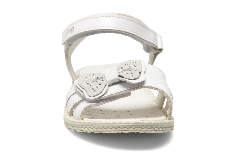 Sandales et nu-pieds Primigi Leticia Blanc vue portées chaussures