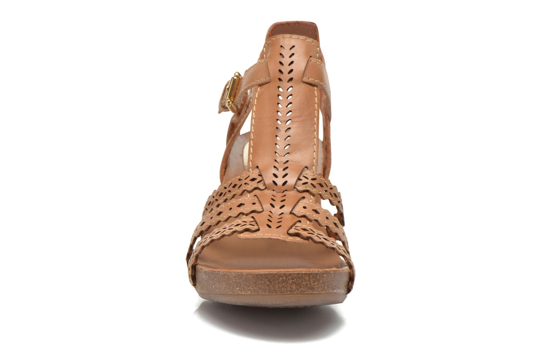 Sandales et nu-pieds Pikolinos Praga 871-9748 Marron vue portées chaussures