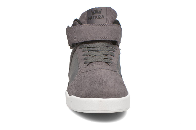 Chaussures de sport Supra Ellington Strap Noir vue portées chaussures