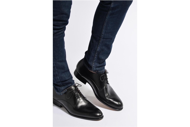 Chaussures à lacets Marvin&Co Naust Noir vue bas / vue portée sac