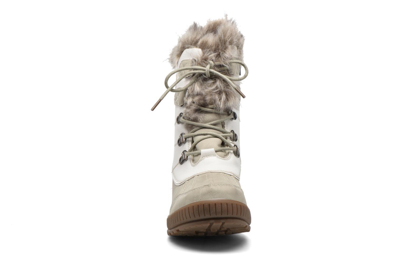 Chaussures de sport Kimberfeel Delmos Blanc vue portées chaussures