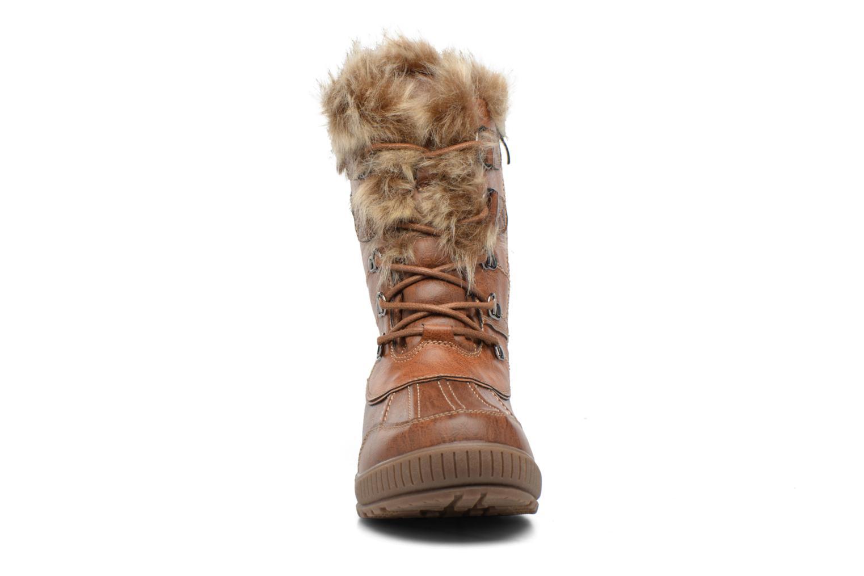 Zapatillas de deporte Kimberfeel Delmos Marrón vista del modelo