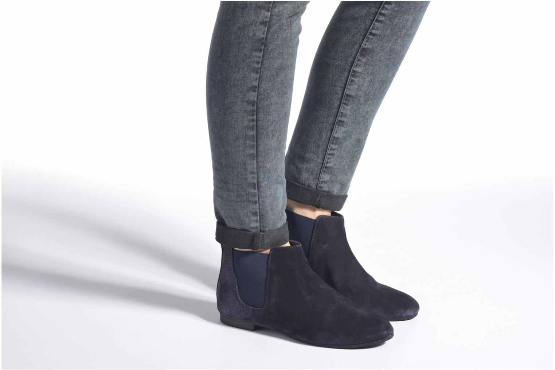 Stiefeletten & Boots André Carrousel schwarz ansicht von unten / tasche getragen
