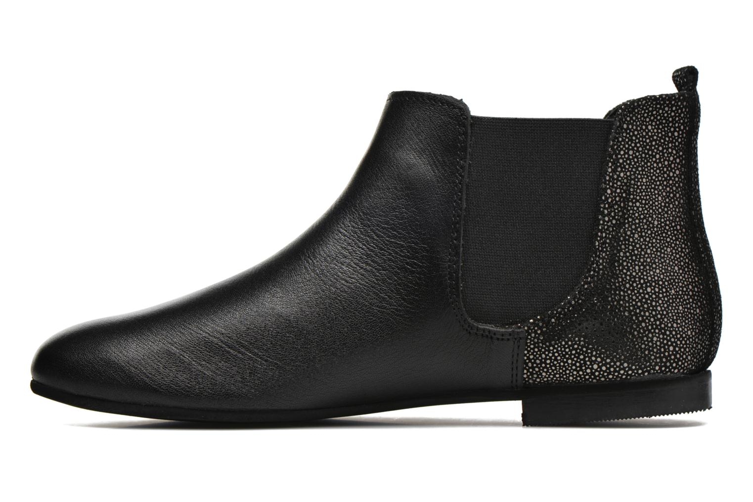 Ankle boots André Carrousel Black front view