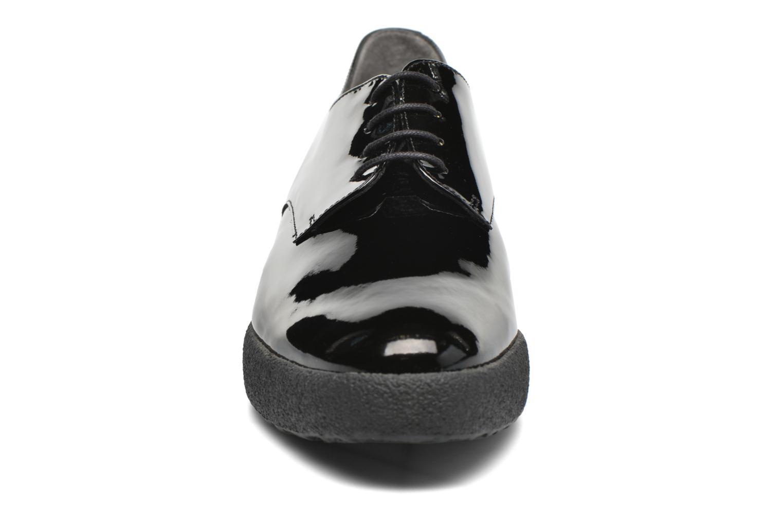 Scarpe con lacci Clergerie Feydol Nero modello indossato