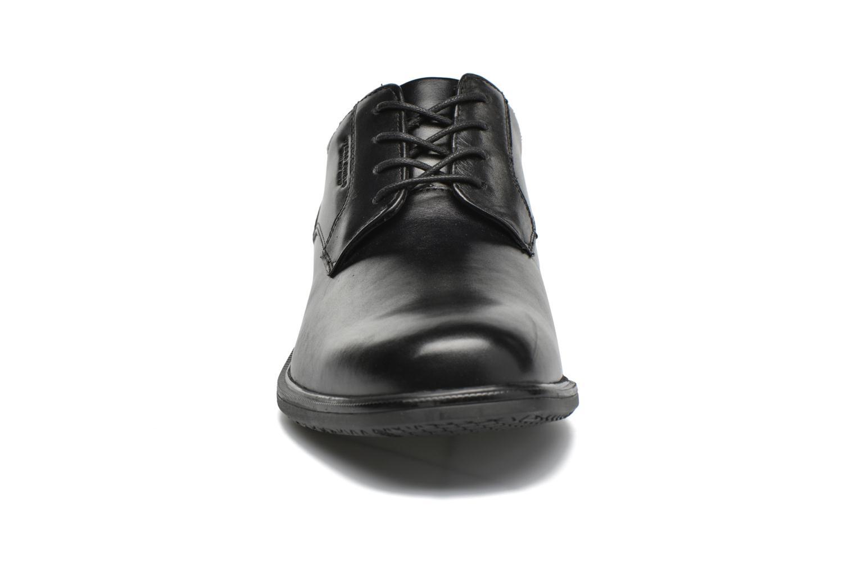 Scarpe con lacci Rockport Esntial Dtl II Plain Toe Nero modello indossato