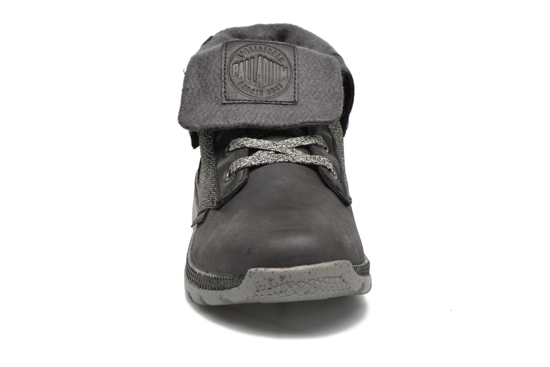 Sneakers Palladium Plvil Bgy TCT F Nero modello indossato