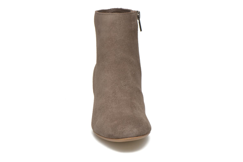 Bottines et boots Steve Madden Holster Marron vue portées chaussures