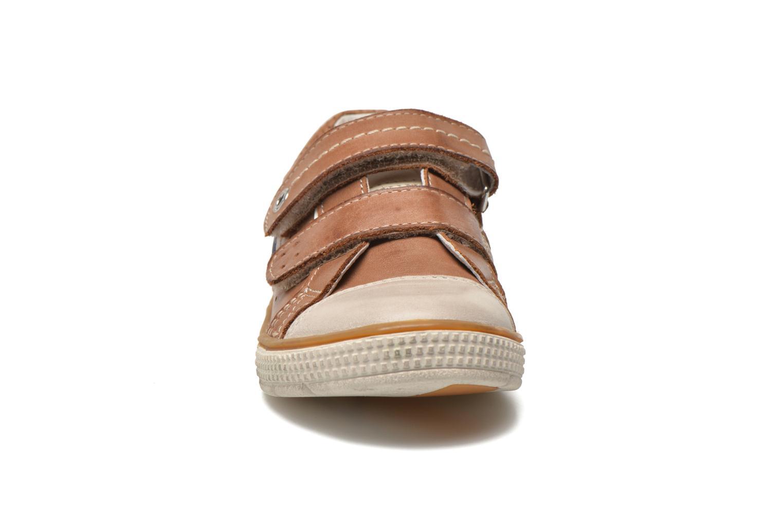 Chaussures à scratch Noël Vazy Marron vue portées chaussures