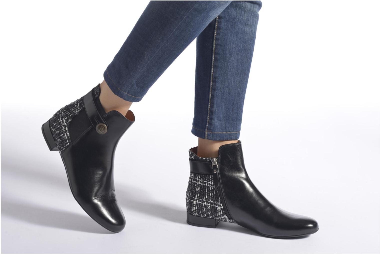 Stiefeletten & Boots Georgia Rose Poppy schwarz ansicht von unten / tasche getragen