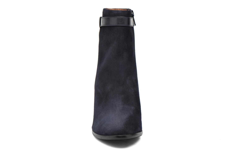 Ankle boots Georgia Rose Tarik Blue model view