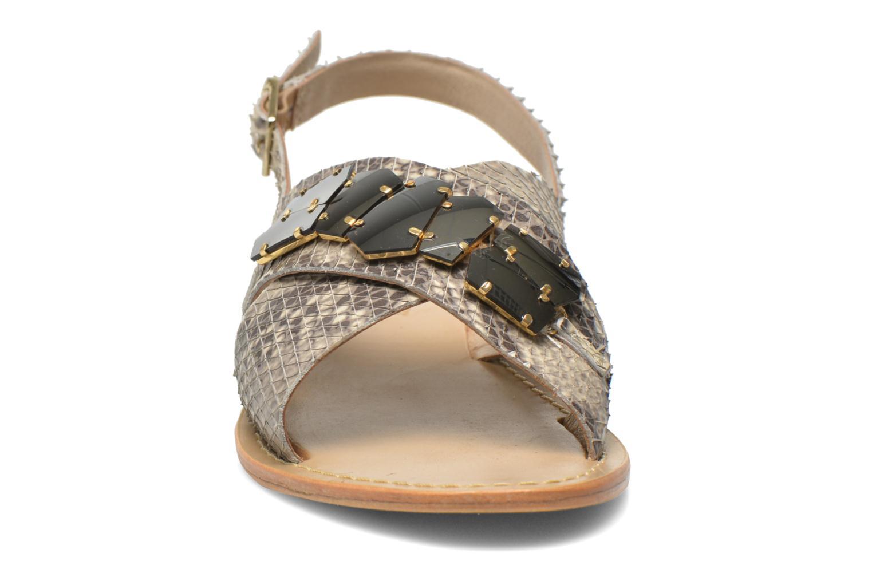 Sandales et nu-pieds Elizabeth Stuart Halias/SM 889 Beige vue portées chaussures