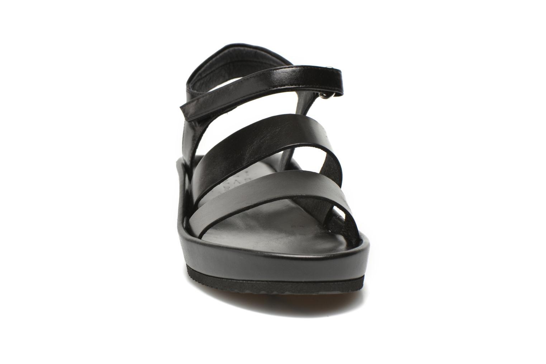 Sandalen Elizabeth Stuart Puma 304 schwarz schuhe getragen