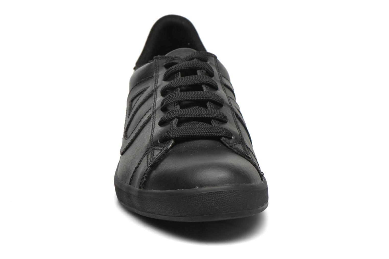 Sneakers Armani Jeans Matteo Svart bild av skorna på
