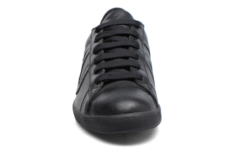 Baskets Armani Jeans Matteo Noir vue portées chaussures