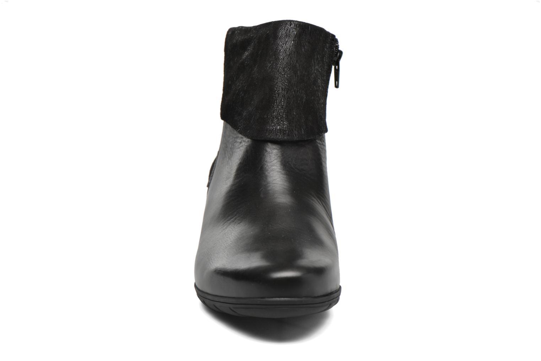 Bottines et boots Mephisto Iris Noir vue portées chaussures