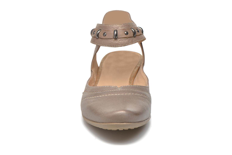 Escarpins Sweet Diberty Beige vue portées chaussures