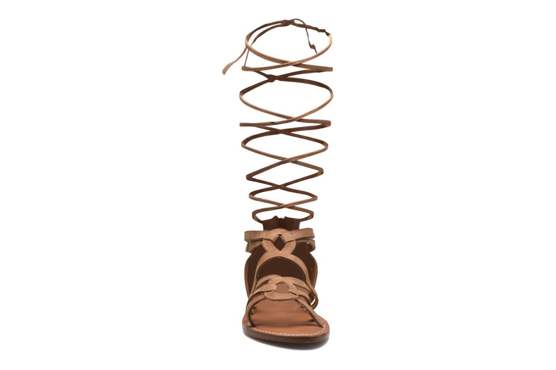 Sandali e scarpe aperte L'Atelier Tropézien Josette Beige modello indossato