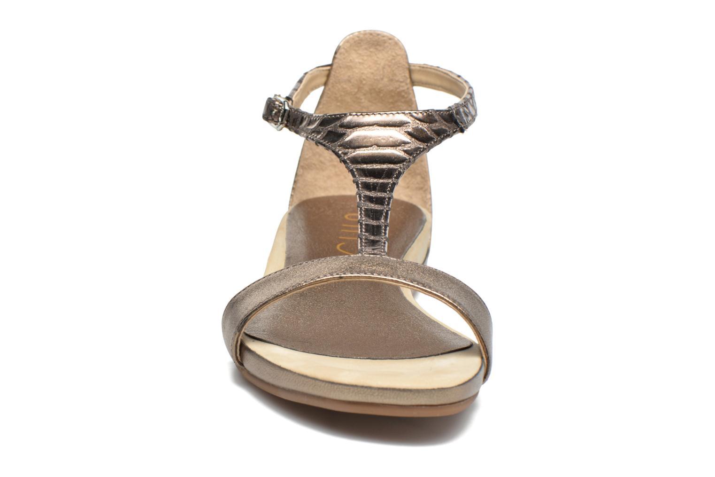 Sandales et nu-pieds Unisa Asunta Or et bronze vue portées chaussures