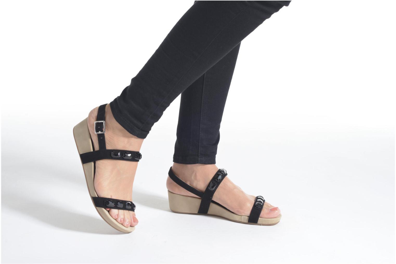 Sandales et nu-pieds Unisa Bastian Argent vue bas / vue portée sac