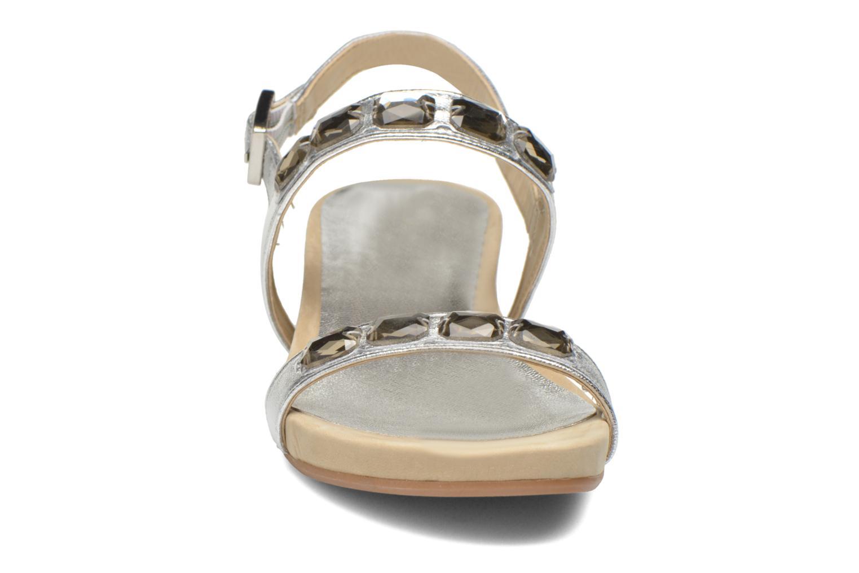 Sandales et nu-pieds Unisa Bastian Argent vue portées chaussures