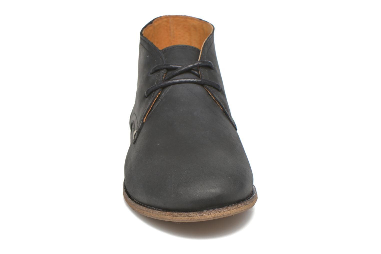 Chaussures à lacets M. Moustache Armand Noir vue portées chaussures