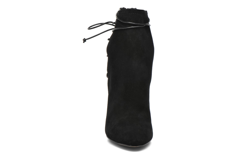 TAESSA Black Suede91