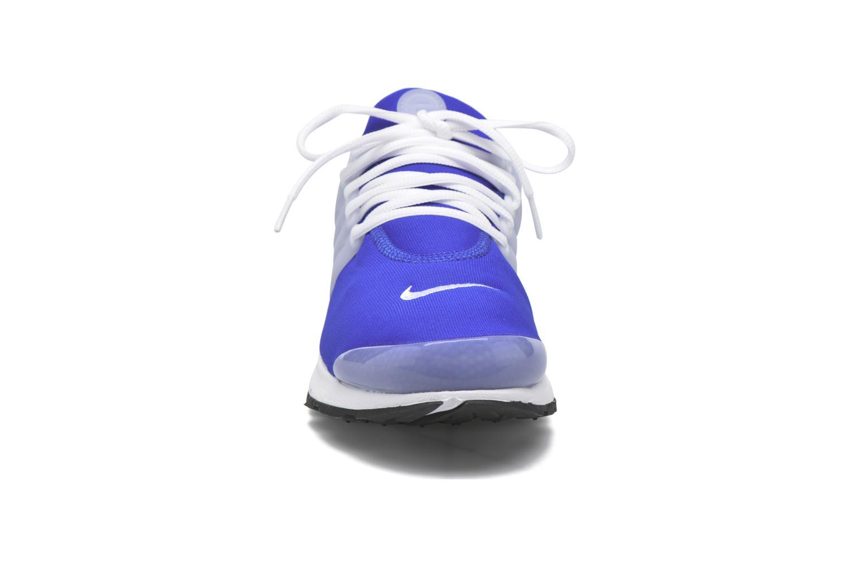 Baskets Nike Nike Air Presto Bleu vue portées chaussures