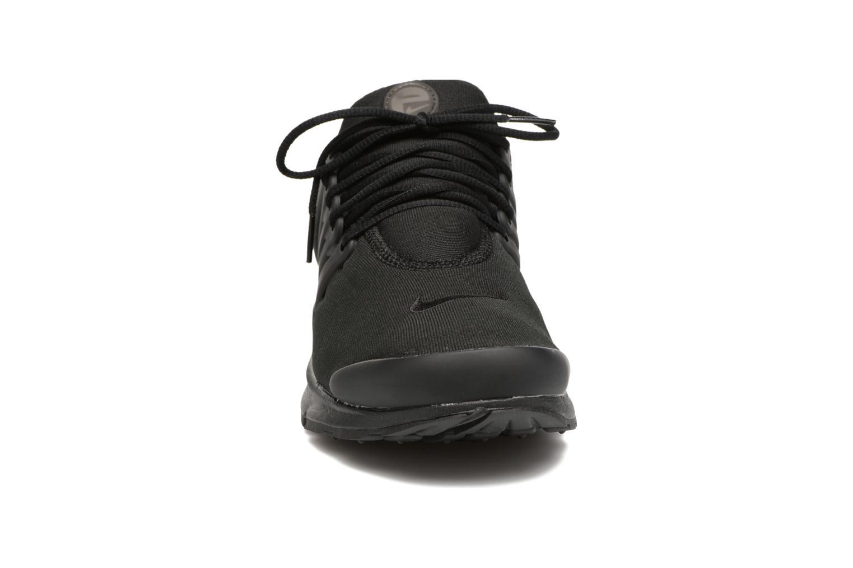 Baskets Nike Nike Air Presto Essential Noir vue portées chaussures