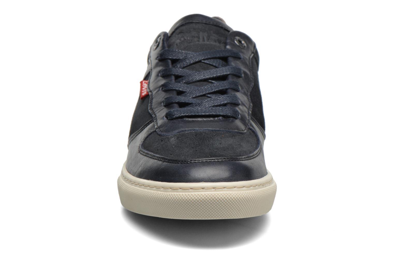 Sneaker Levi's Perris Oxford blau schuhe getragen