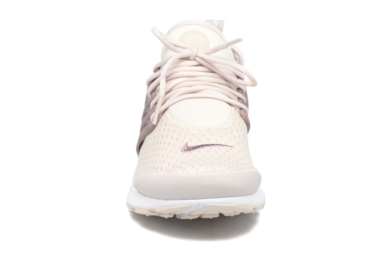 Baskets Nike W Air Presto Violet vue portées chaussures