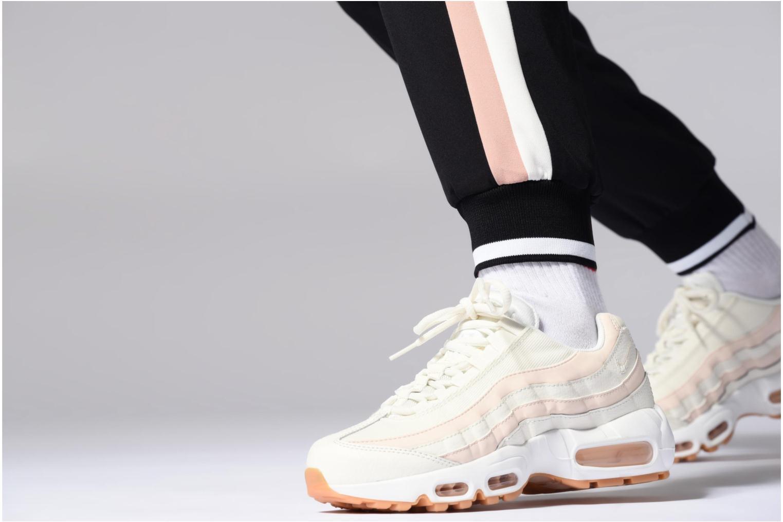 Sneaker Nike Wmns Air Max 95 weiß ansicht von unten / tasche getragen