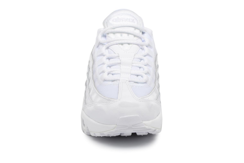 Baskets Nike Wmns Air Max 95 Blanc vue portées chaussures