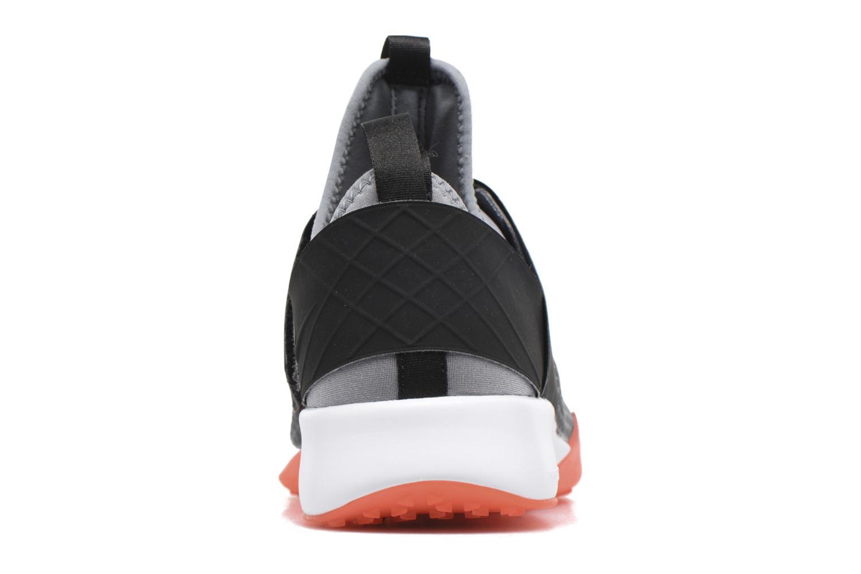 Chaussures de sport Nike Wmns Nike Air Zoom Strong Gris vue droite