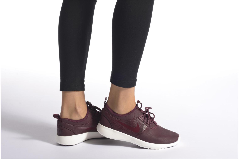 Baskets Nike Wmns Nike Juvenate Prm Bleu vue bas / vue portée sac