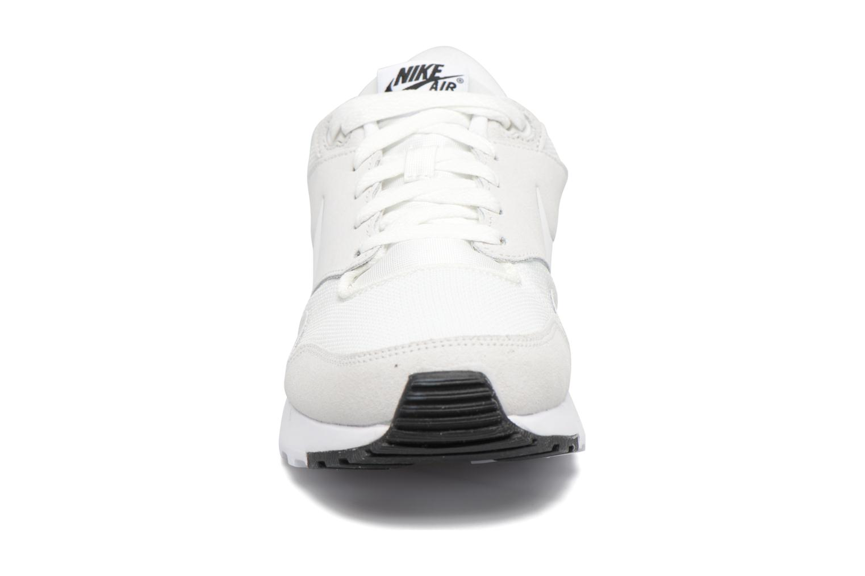 Baskets Nike Nike Air Vibenna Blanc vue portées chaussures
