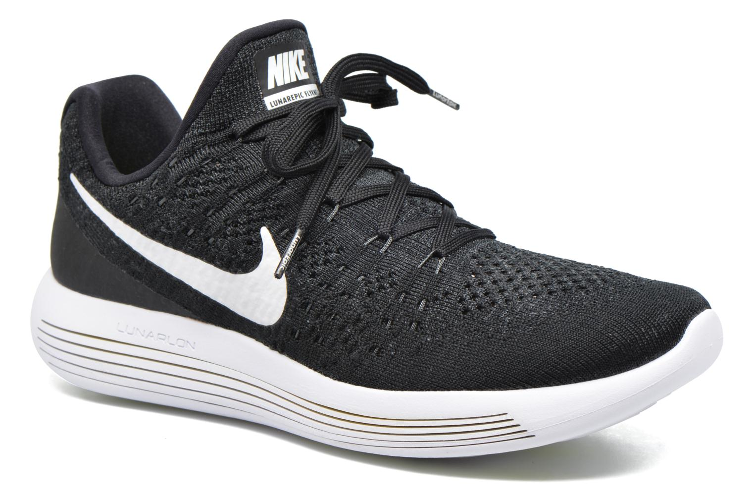 Sport shoes Nike Nike Lunarepic Low Flyknit 2 Black detailed view/ Pair view