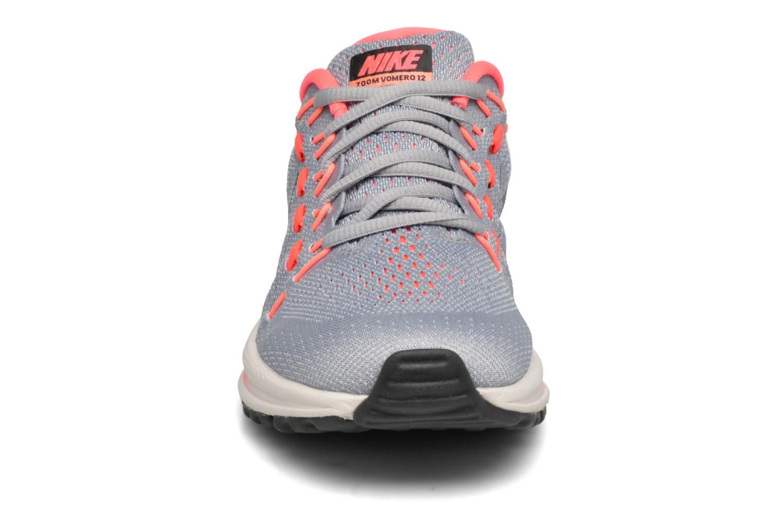 Scarpe sportive Nike Wmns Nike Air Zoom Vomero 12 Grigio modello indossato