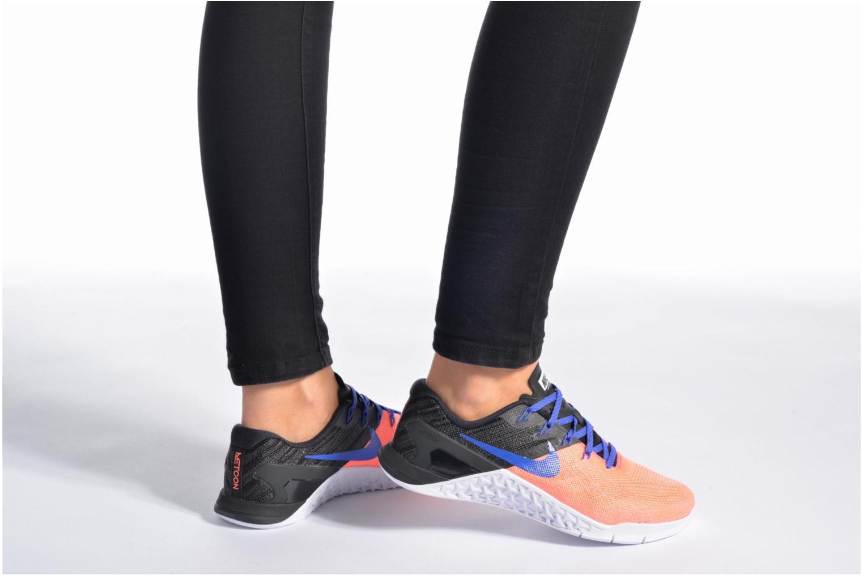 Chaussures de sport Nike Wmns Nike Metcon 3 Gris vue bas / vue portée sac