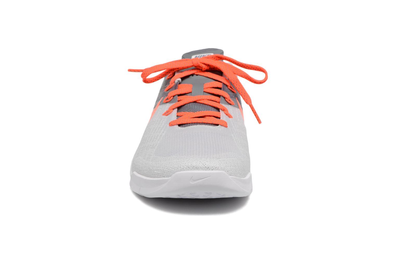 Chaussures de sport Nike Wmns Nike Metcon 3 Gris vue portées chaussures