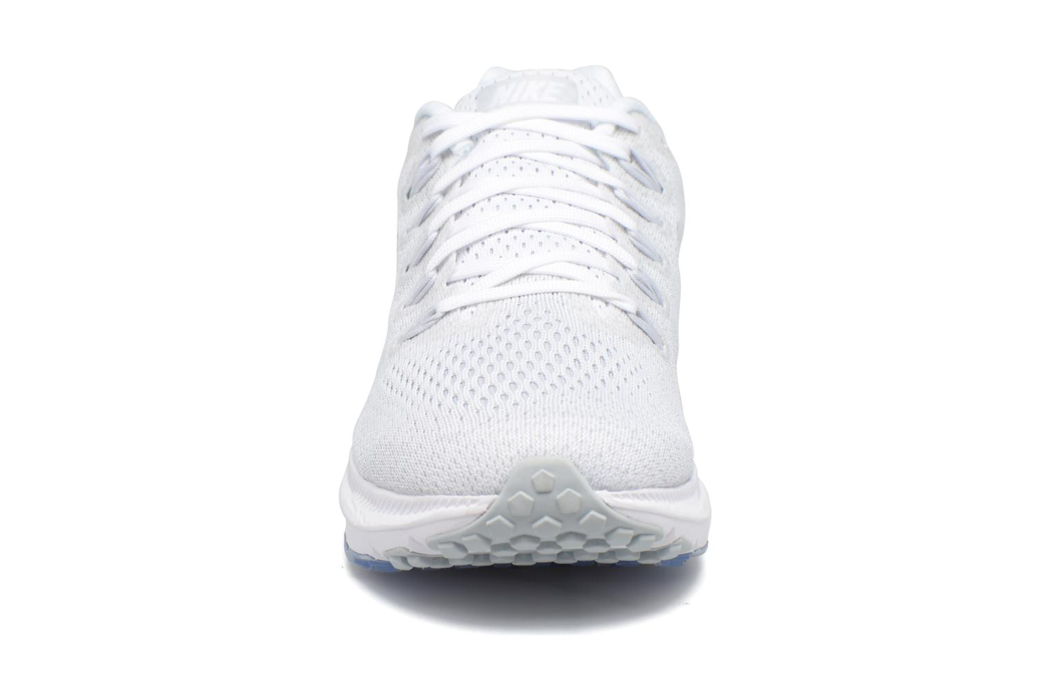 Chaussures de sport Nike Wmns Nike Zoom All Out Low Blanc vue portées chaussures