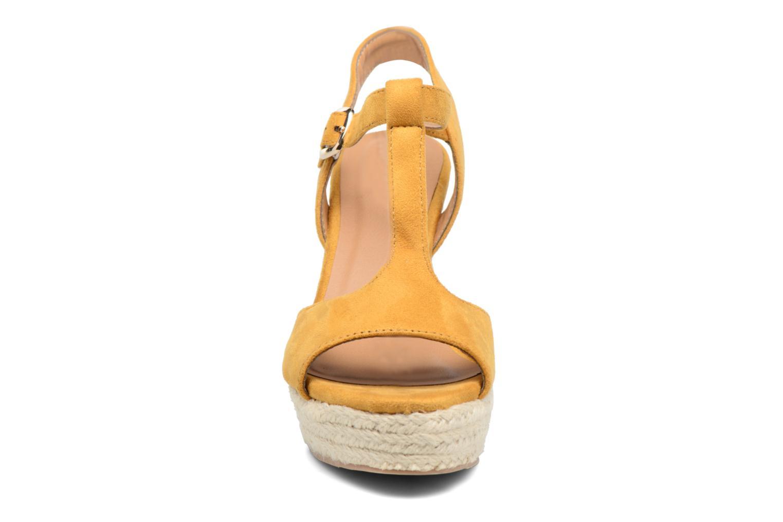 Espadrilles I Love Shoes MCADA Jaune vue portées chaussures