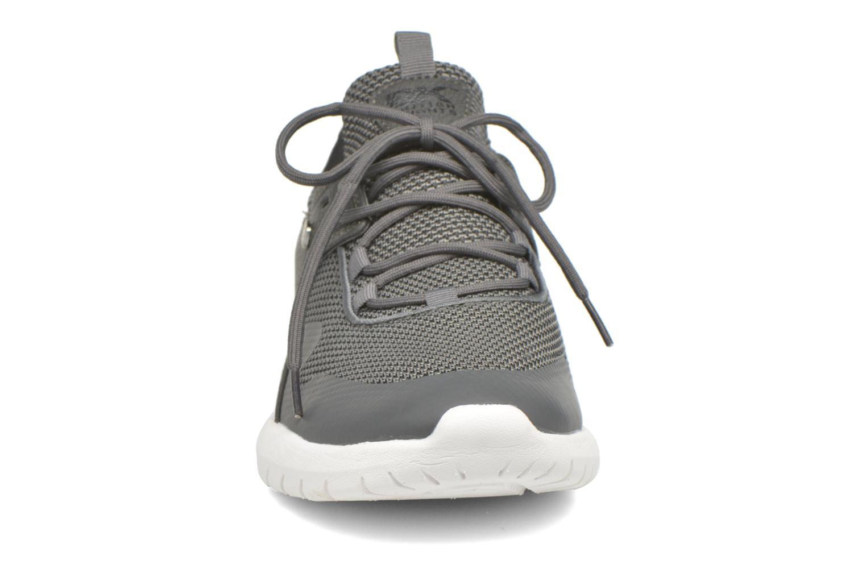Baskets British Knights Fraction M Gris vue portées chaussures