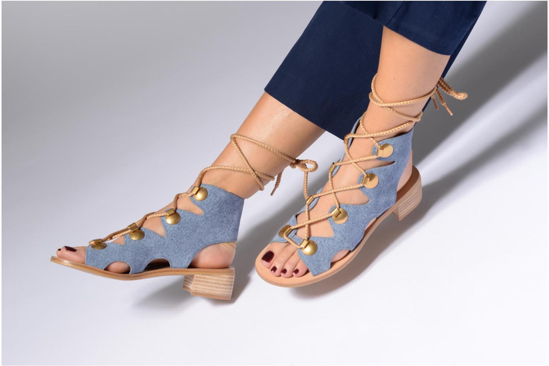 Sandales et nu-pieds See by Chloé Edna Bleu vue bas / vue portée sac