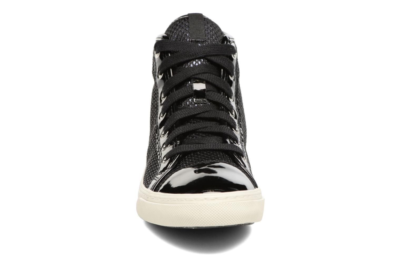 Sneakers Geox D NEW CLUB E D5458E Nero modello indossato